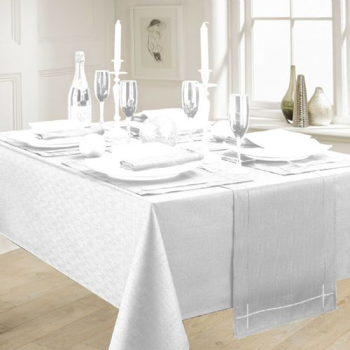 LINEN LOOK PLAIN SLUBBED XMAS CHRISTMAS TABLECLOTH OR RUNNERS DINNER PARTY LINEN WHITE